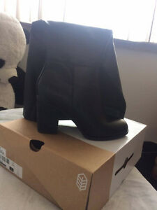 Selling BRAND NEW pair of knee high boots!!! Kitchener / Waterloo Kitchener Area image 6