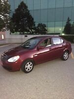 2007 HYUNDAI ACCENT ONE OWNER NO ACCIDENTS LIKE NEW