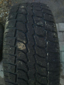 2 Winter tires 245 70 r16