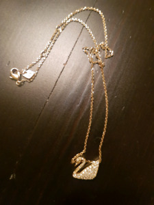 SWAROVSKI Swan GOLD Necklace