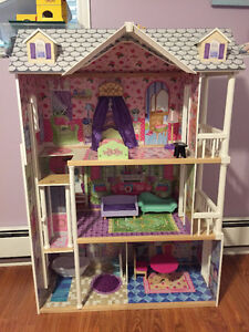 Doll House (Large)