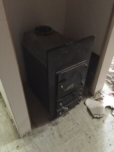 Esch wood stove in excellent shape