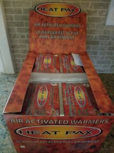 Box of 40 pairs of HAND WARMERS 8 Hours of Warmth