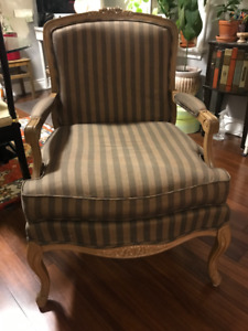 SELLING TWO LOUIS XV UPHOLSTERED ARMCHAIRS AMAZING CONDITION