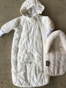 Medium/light weight snowsuit