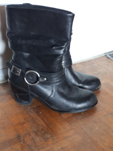 Harley Davidson Ladies Boots - Size 7.5