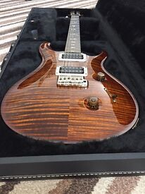 Prs custom 24 black gold Ten top check it out !
