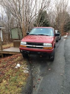 2003 Chev S-10 for parts