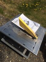 Tile saw. Newer - exc cond. $60