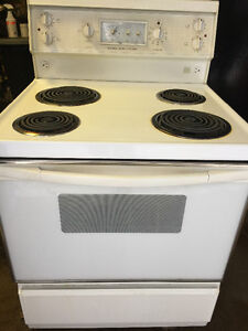 Kenmore stove. Works good will deliver in HRM