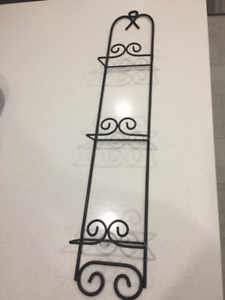Elegant black plate rack and hooks set!