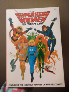 The Superhero Women by Stan Lee 1977 near mint condition