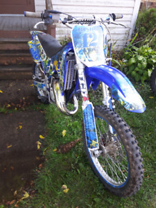 2001 yz 125  all redone . with extras