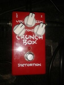 MI Audio Crunch Box distortion pedal