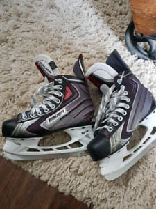 Junior Bauer skates size 4.5