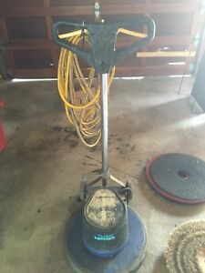 Industrial Floor Cleaner/3Pads/2 attachments