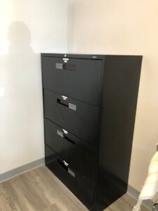 4 drawer file cabinet for sale!