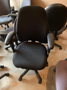 Global Midback Chair, Good Condition, call us today!