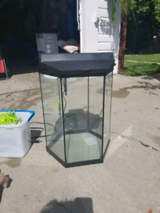 20 gallon Fish tank and added items