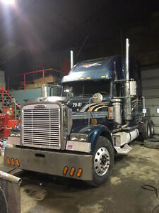 freightliner classic XL 2000 a vendre