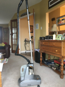 Standing Clothing Steamer, Will remove ad when sold.