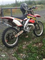 2000 cr 250r up for trade
