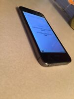 IPHONE 5S 16GB ROGERS LIKE NEW WITH BOX