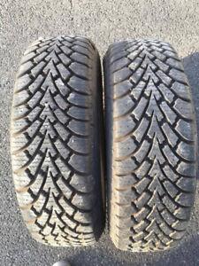 2 pneus hiver good year 195 x 65 x 15 neufs