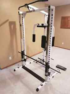 BODY SOLID SMITH MACHINE  / HOME GYM