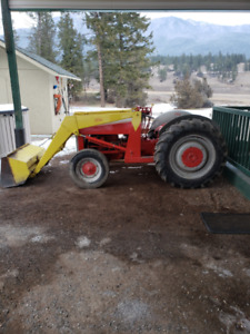 Ford 2N tractor c/w loader