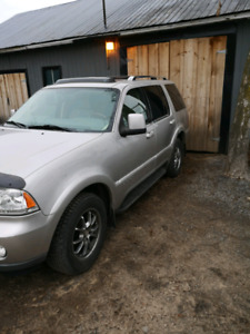 03 Lincoln aviator 4x4 loaded 7 seats