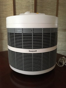 Honeywell Hepa air cleaner model 52500C