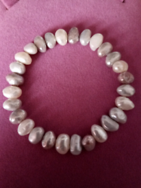 LADIES NEW, FRESHWATER PEARL STRETCH BRACELET, IN PASTEL COLOURS