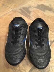 BOYS Athletic works size 11 soccer cleats