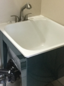 Metal Laundry Tub with Faucet