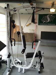 Body-Solid Universal Gym
