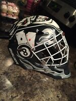 Bauer goalie mask 150$