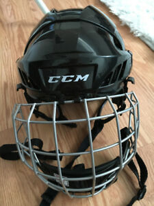 Hockey helmet