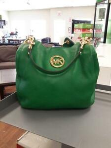 *** USED ***  MICHAEL KORS PURSE   S/N:51212332   #STORE219