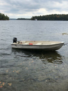 12' Aluminum Fishing Boat with 9.9 Mercury