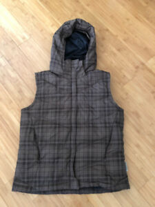 Columbia Down Filled Vest - M