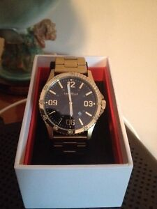 2 caravelle New York watches