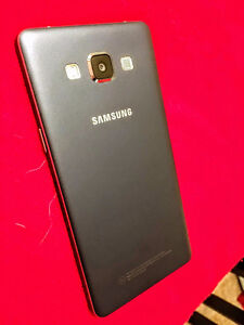 Samsung A5 mint condition!