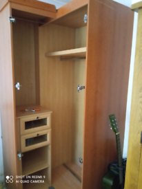 Free fitted wardrobes and bedside tables