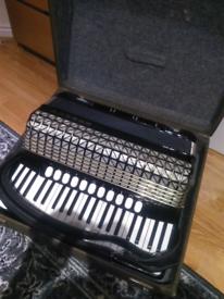Accordion Hohner Atlantic 4 DeLuxe Organ tone