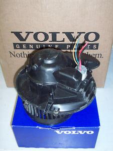Ventilateur de cabine Volvo 2001-2009 100$
