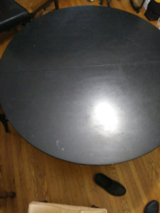 $725 OBO Dining Room Table w/ostrich leather chairs(6)