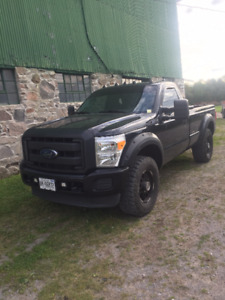 2013 Ford F-250 xl Pickup Truck