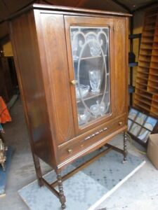 INTACT 1930S WALNUT CHINA CABINET FROM ESTATE