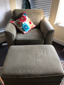 Chair and Ottoman- Excellent condition!!